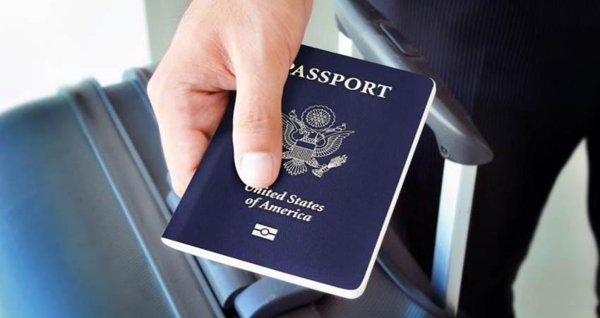 عوارض خروج از کشور همچنان مبهم و چالش برانگیز