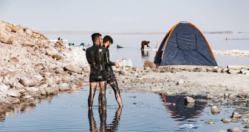 «لجن درمانی» در دریاچه ارومیه
