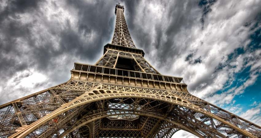 حمایت فرانسه از سفر شهروندانش به ایران