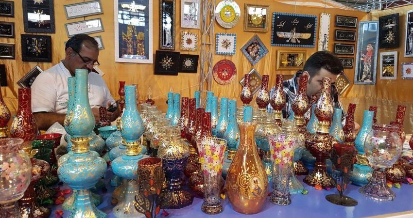 افتتاح یازدهمین نمایشگاه سراسری صنایع دستی و زیراندازهای سنتی یزد