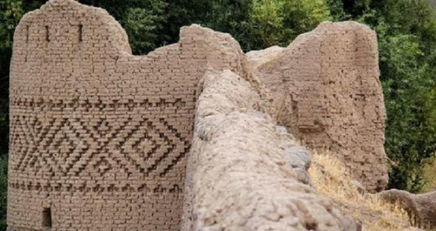 قلعه آلاجوق اردبیل اردوگاه خوارزمشاهی بوده است