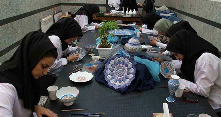 طرح « پنجشنبه های صنایع دستی» از هفته آینده در استان مرکزی اجرا می شود