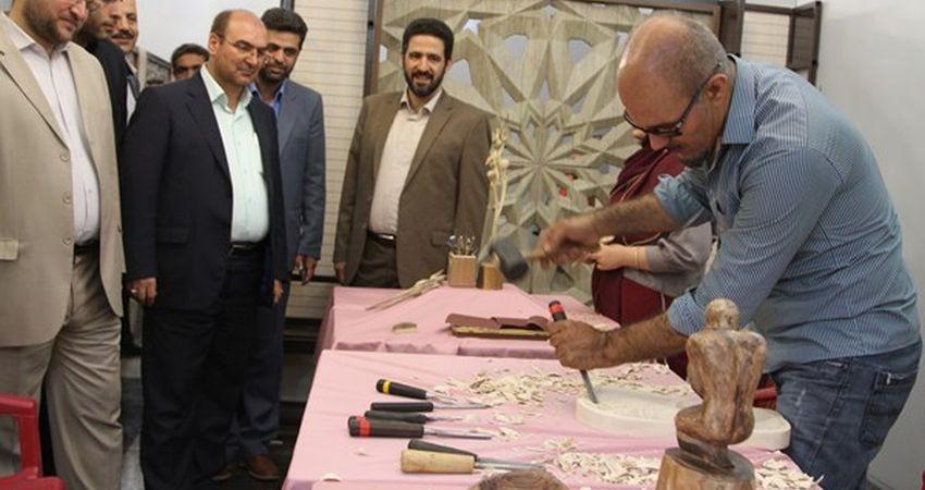 جشنواره و نمایشگاه منطقه ای صنایع دستی استان تهران افتتاح شد