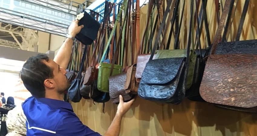 نمایشگاه صنایع دستی زمینه خرید بی واسطه را فراهم کرده است