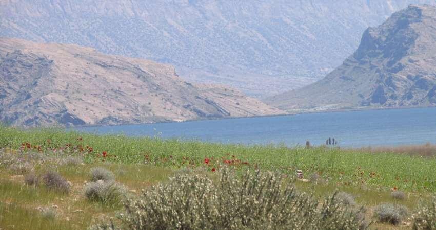 دریاچه پریشان، بزرگترین دریاچه آب شیرین