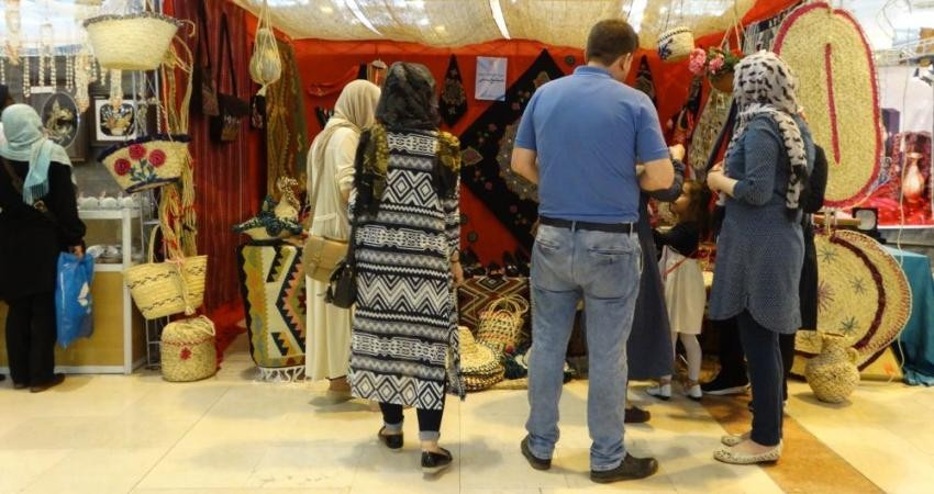 چهارمین جشنواره صنایع دستی افتتاح شد