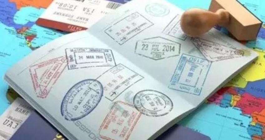 سابقه سفر چیست و چه تاثیری در دریافت ویزای کانادا دارد؟