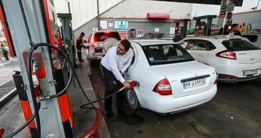 پیشنهاد سفر همگانی در عید فطر یا قربان با اختصاص بنزین سفر داده شد