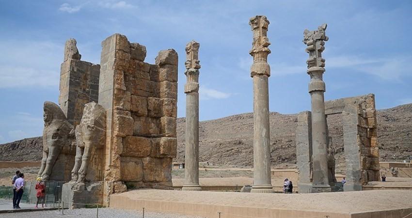 شناسایی محوطه های تاریخی جدید در پاسارگاد