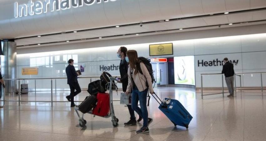 انگلستان قانون قرنطینه را برای ۵۰ کشور لغو می کند