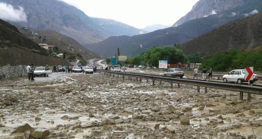 سیل، طوفان و زلزله در ایران زیادتر می شوند؟ چگونه از این بلایا زنده بیرون بیاییم؟