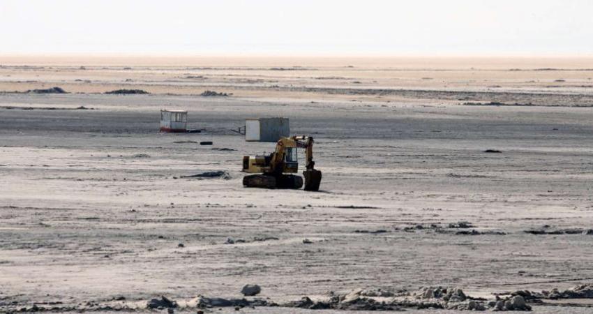 رشد پوشش گیاهی جدید در دریاچه ارومیه در نتیجه شرایط کم آبی