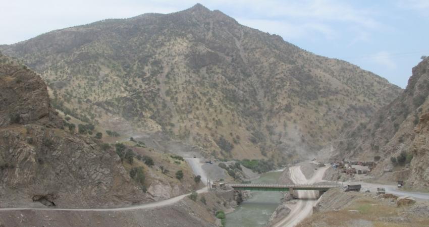 مجوز ارزیابی احداث سد با علم به تخریب چشمه بل صادر شده بود