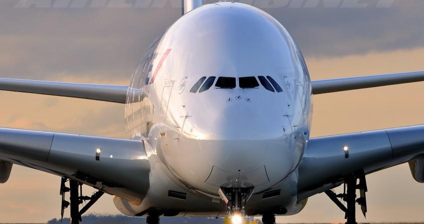 معرفی ایرباس A380، بزرگترین هواپیمای مسافربری جهان