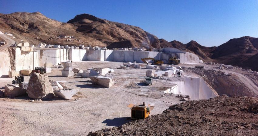 مجوز 3 معدن سنگ در منطقه گردشگری آبگرم محلات ابطال شد