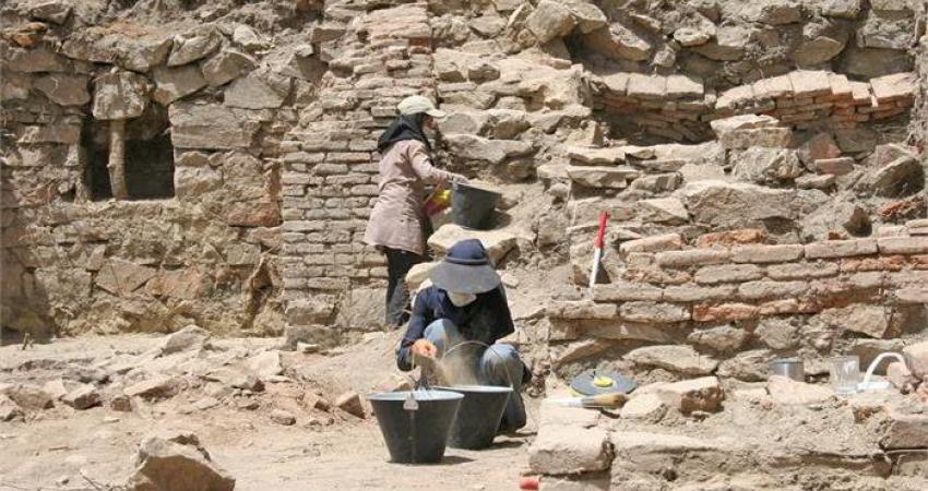 کاوش باستان شناسی در قلعه ایمام مریوان