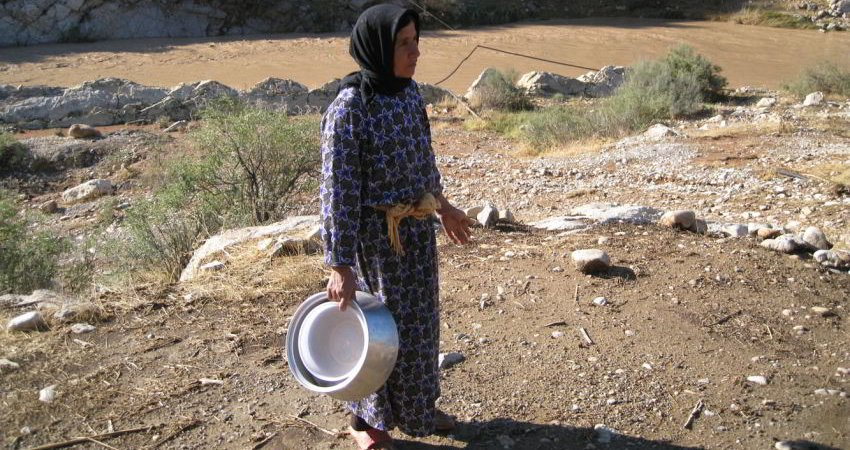 خسارت به شبکه آبرسانی 359 روستای لرستان بر اثر سیلاب
