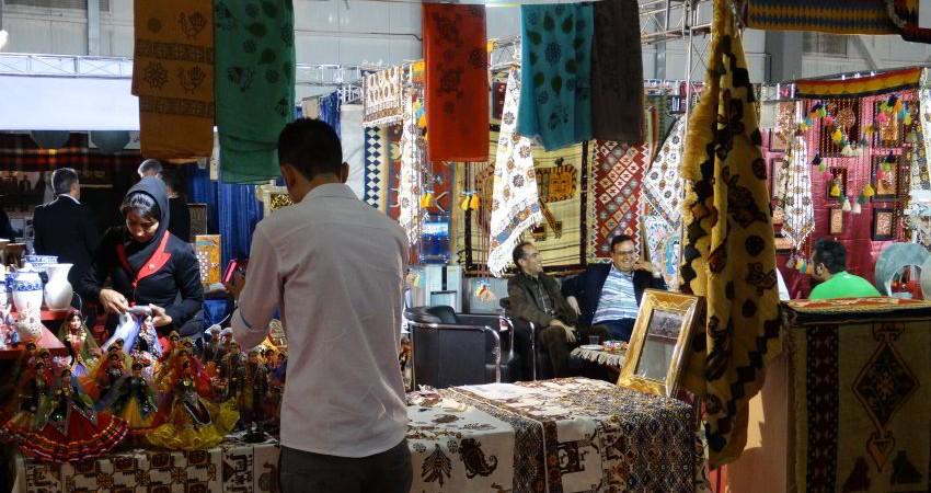 ارائه بسته های حمایتی برای صادرات صنایع دستی