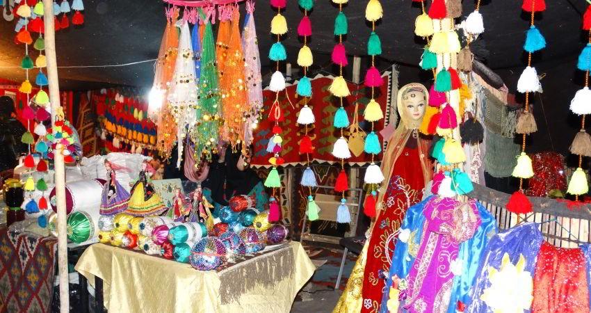 گشایش نمایشگاه زیراندازها و دست بافته های ایلیاتی کشور در اراک