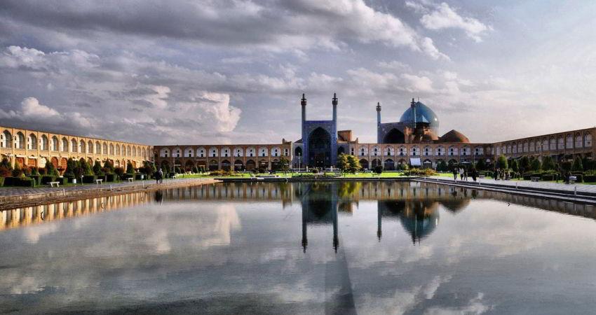 افزایش سرویس های بهداشتی مجموعه میدان امام اصفهان با استانداردهای بین المللی