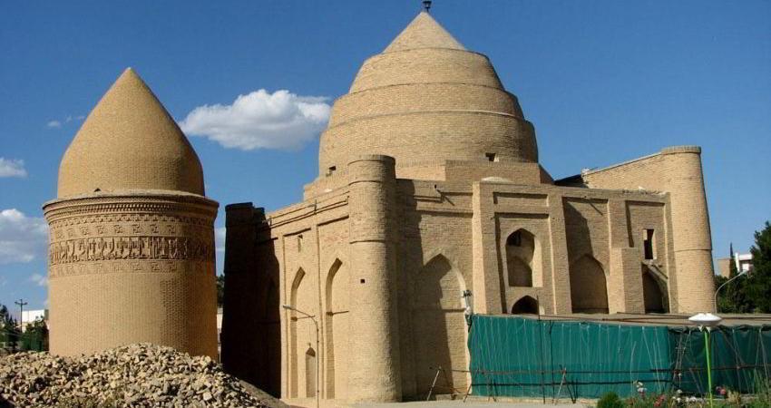 برج پیرعلمدار دامغان مرمت شد