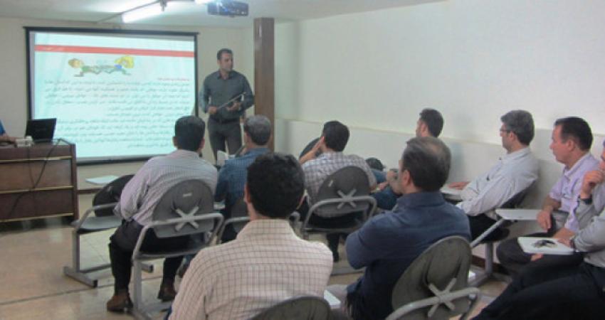 برگزاری کارگاه آموزشی با موضوع مهارت کنترل خشم برای رانندگان اتوبوس