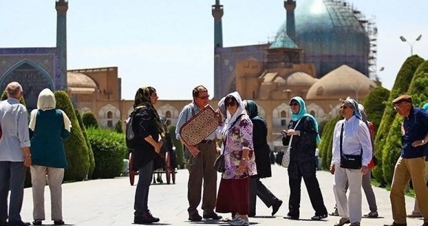 امنیت در ایران بستری مناسب برای جذب گردشگران است