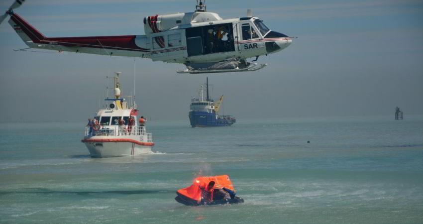 برگزاری مانور چگونگی مقابله با حوادث غیرمترقبه در دریای خزر