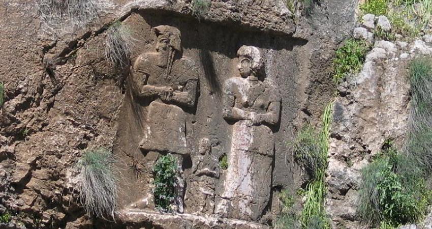 تجلی جایگاه زن در نگارکندهای 2800 ساله ایذه