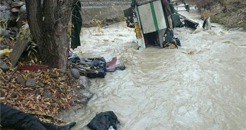 حادثه دلخراش در محور هراز، 12 کشته و مفقود و 6 مجروح