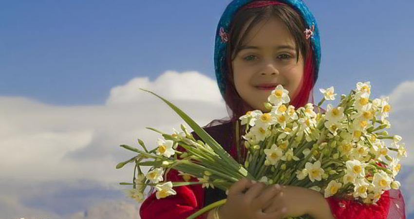 جشنواره گردشگری گل نرگس کازرون برگزار می شود