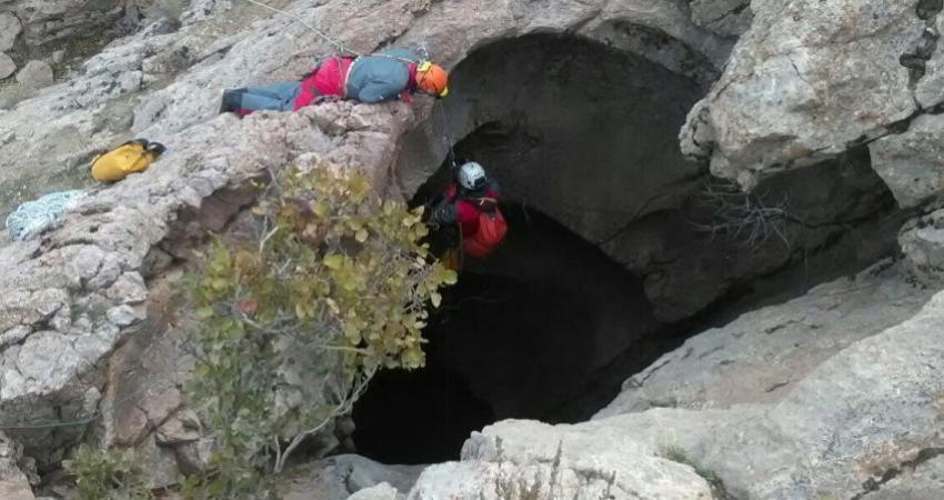 کشف عمیق ترین چاه غار شرق کشور در قاین