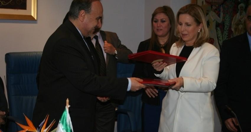امضا سند همکاری های اجرایی گردشگری ایران و تونس
