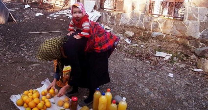 زنان دستفروش، سرگشتگان فقر