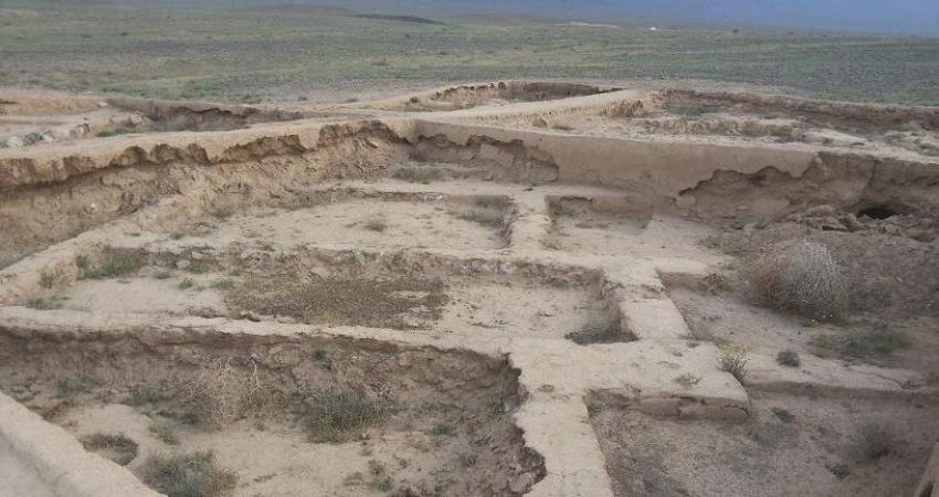 شناسایی محوطه تاریخی متعلق به دوران اولیه اسلامی در حریم بادرود